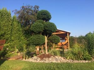 Okrasná zahrada v Hostomicích